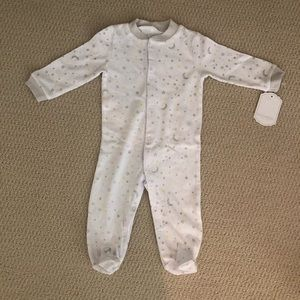 Star and moon footed baby onesie pajamas 3-6 mo.